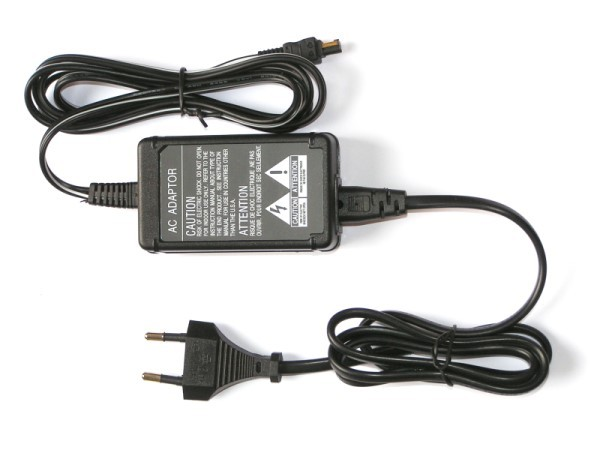 AC Adapter vr. Sony DSC-H7